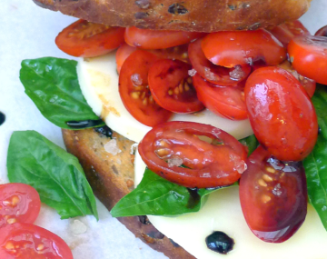Caprese Toasted Sarmies