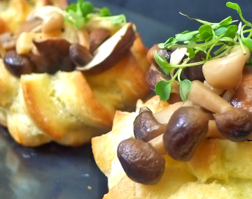 Savoury choux buns with mushroom and cheese stuffing